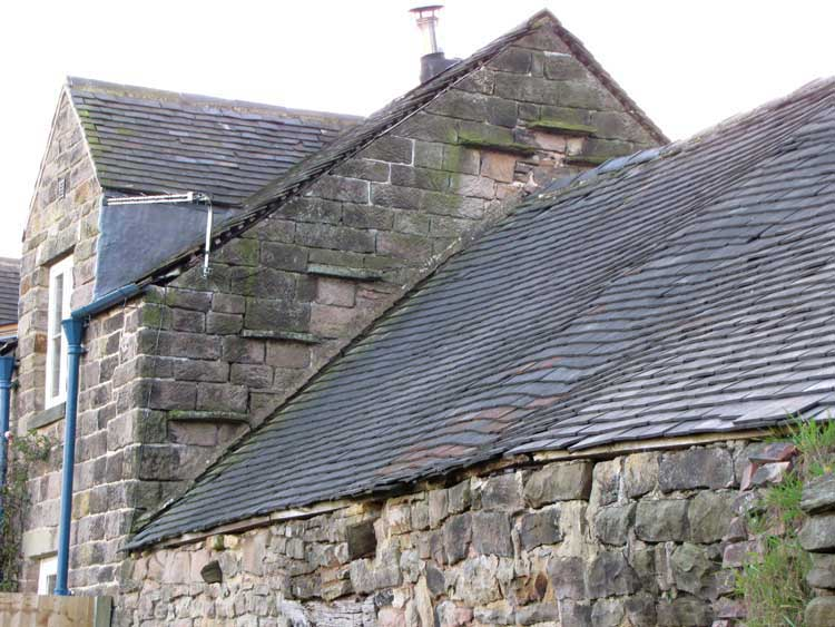 photo of Beech Farm gable end